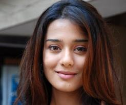 Amrita rao new look wallpapers and face simple nude wallpapers