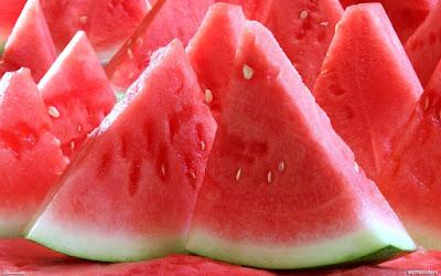manfaat buah semangka untuk bumil