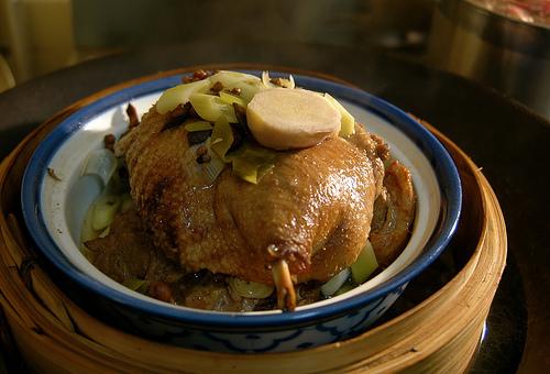 Le canard du m kong poulet fum au th - Comment cuisiner poulet fume ...
