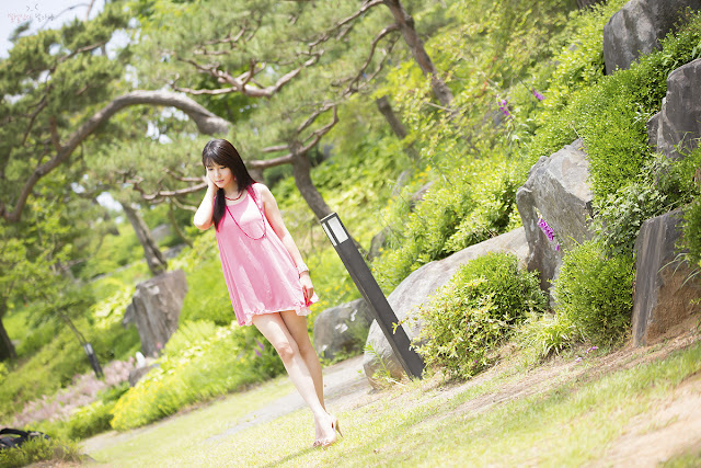 3 Lee Ji Woo in Pink - very cute asian girl - girlcute4u.blogspot.com