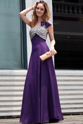 Prom Dresses Hairstyles And Accessories