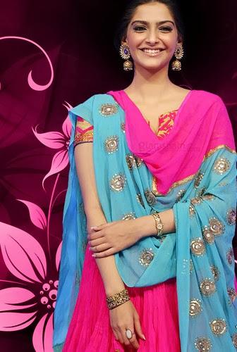 sonam kapoor smiling in - photo #34