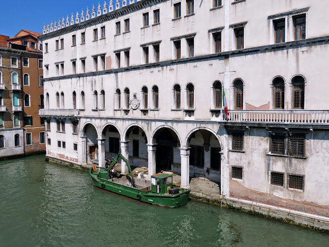 Venice canal consruction