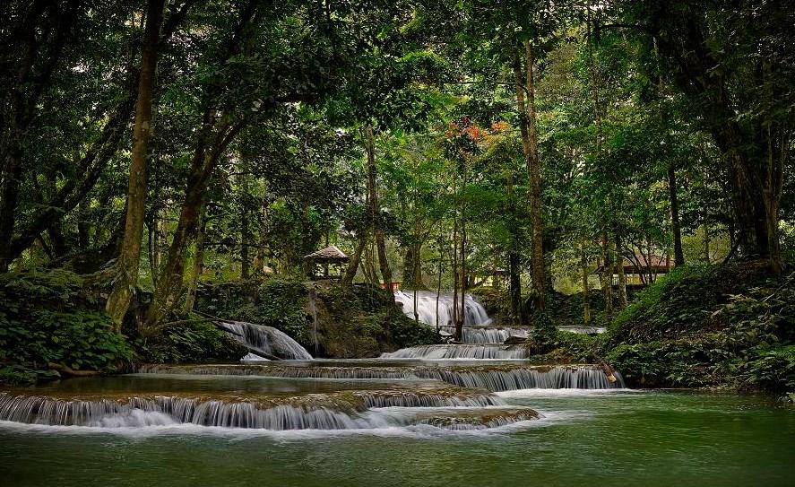Teknik foto  Foto air terjun di Luwuk