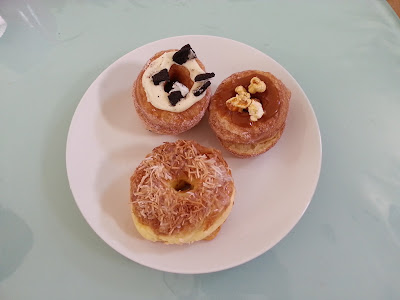 Cronuts comparison