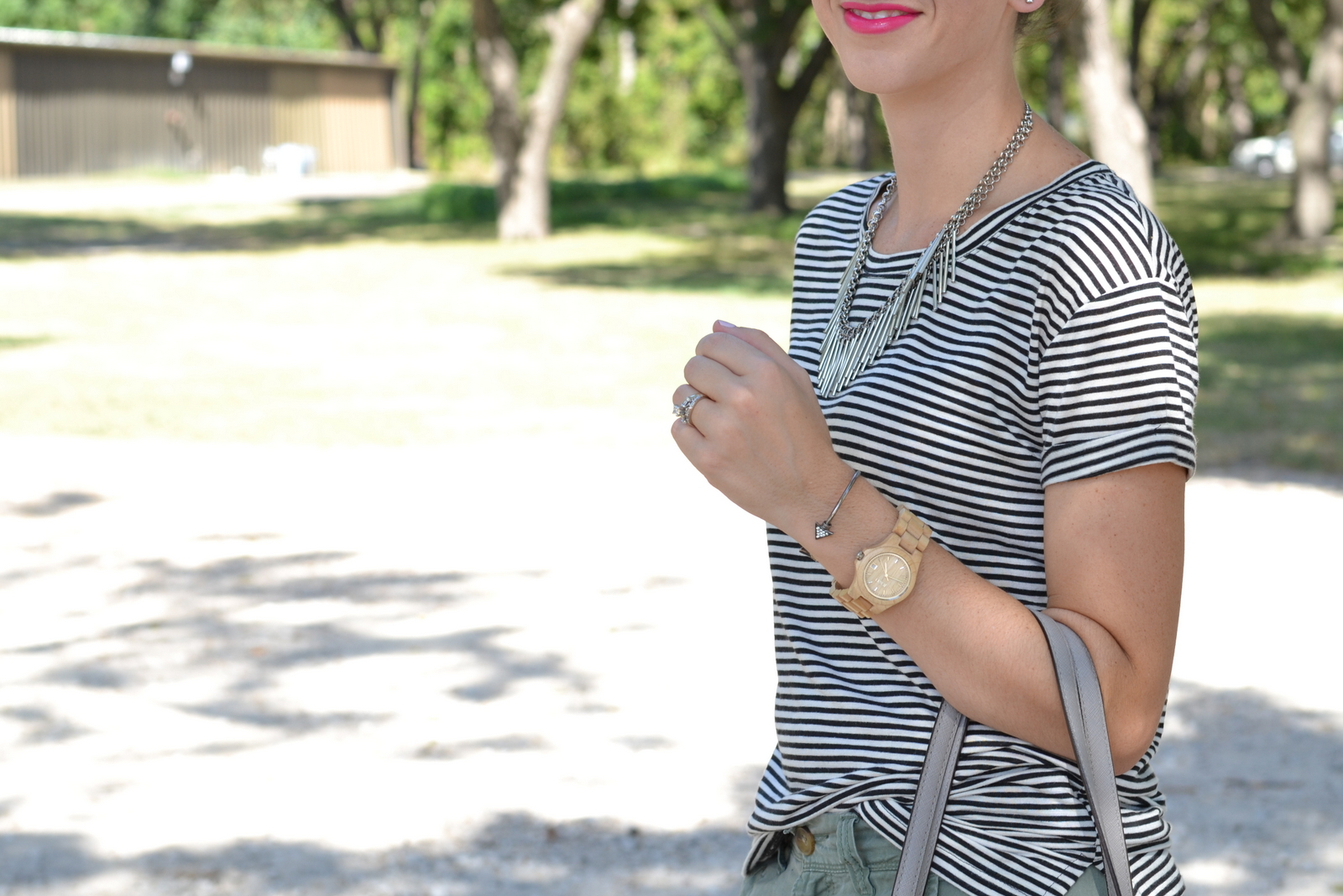 Striped basic tee and pink lips