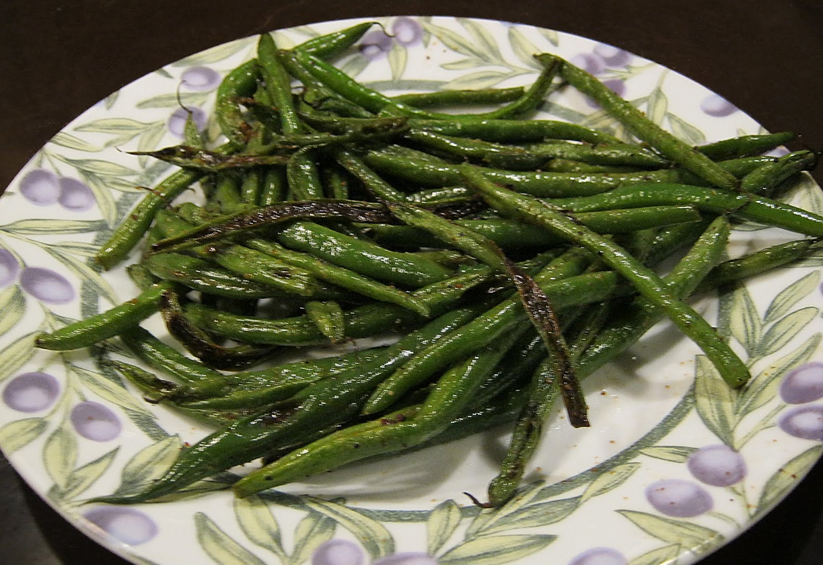 Let the Feasty Begin: Italian Style Roasted Green Beans