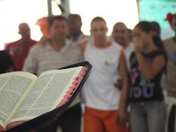 Evangelização na Fundação Renascer