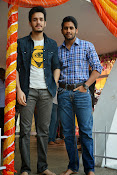 Akhil Akkineni Debut movie launch-thumbnail-12