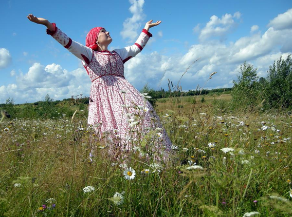 http://www.chezjoeline.com/app/download/9995493495/Russie+-+Vie+rurale+..+22+01+2015.ppsx?t=1421864708