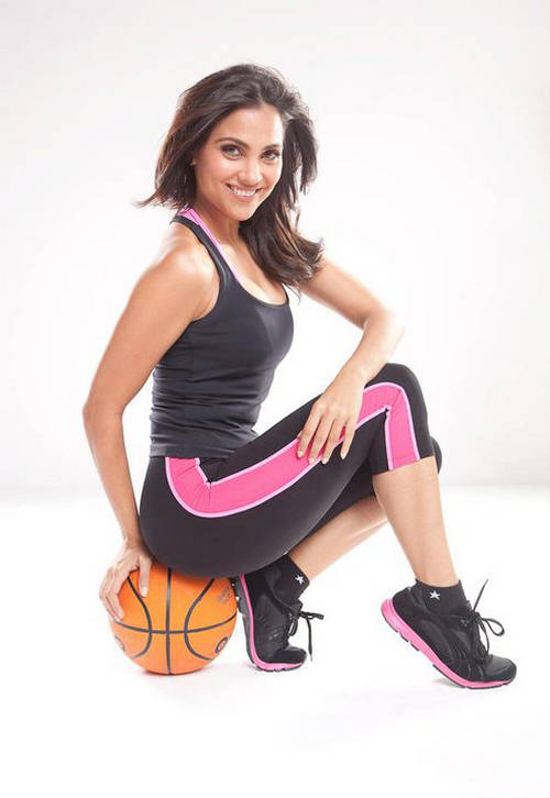 Lara Dutta Hot Gym Pics