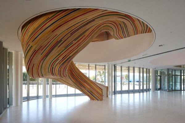 sculpture stairs designed by French architects
