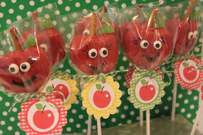 apple-cake-pop