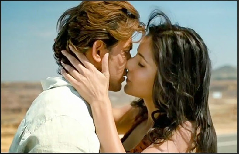 Katrina Kaif Hot Photos In Kissing Moment