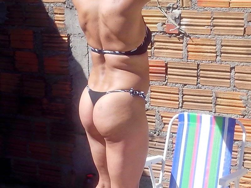 Mulher loira jovem gostosa pelada