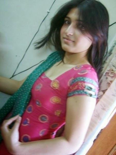 Hindustani Girls Pic