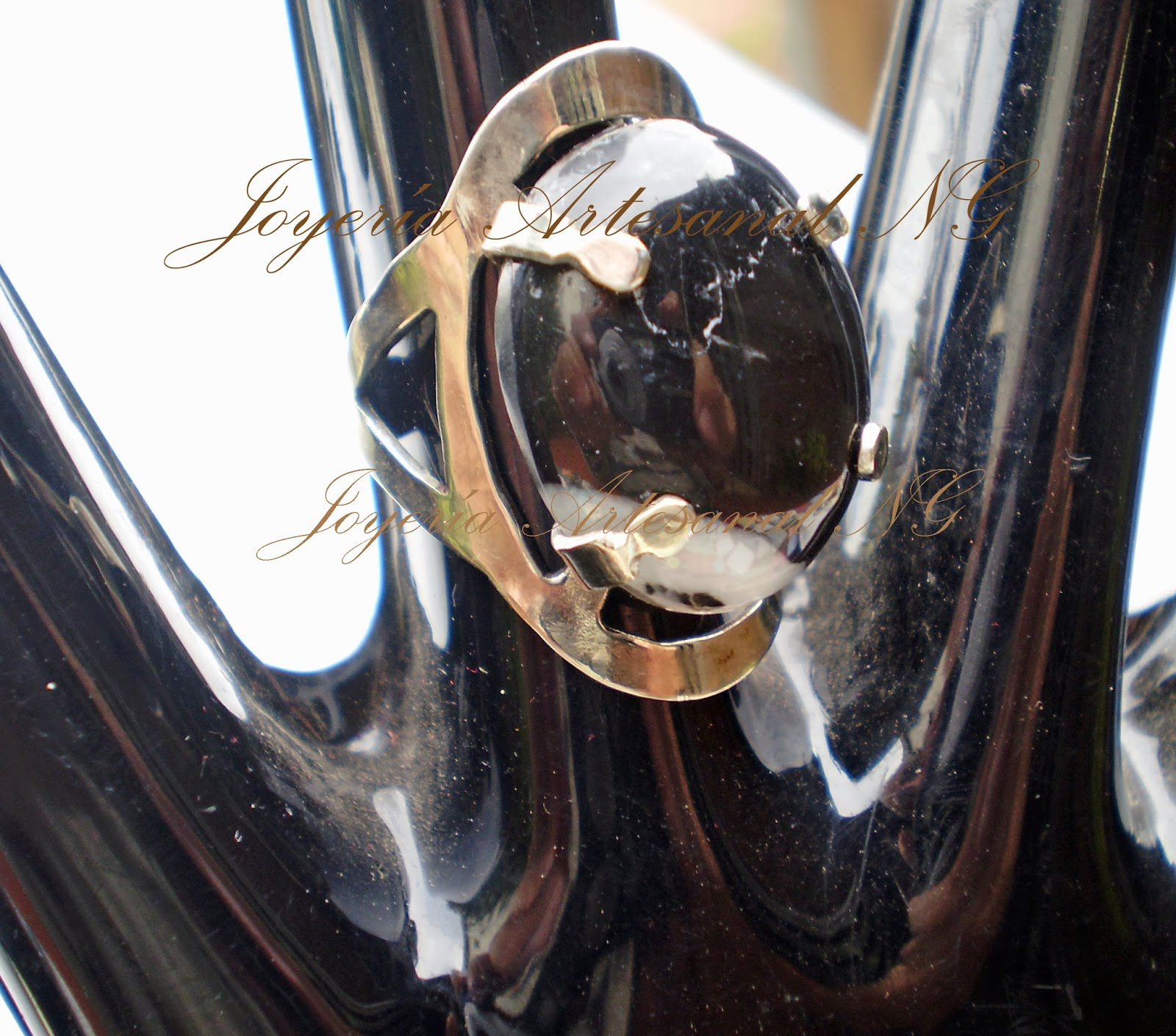 Joyer a artesanal ng anillo alpaca calado piedra marmol for Marmol negro veteado