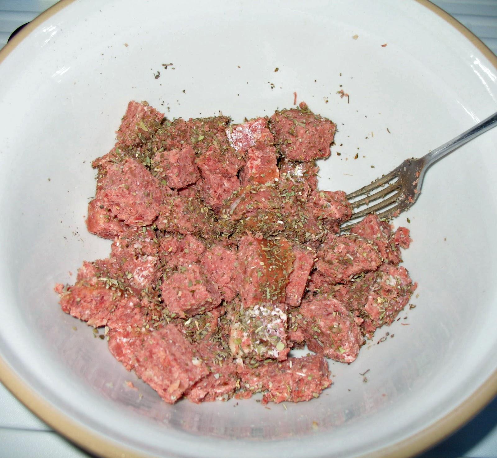 The Happy Housewife: Corned Beef Pie