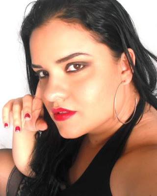 Raquel Machado 02