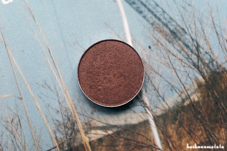 MAC Mulch Eyeshadow Swatch and Review