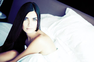 Tuba Büyüküstün HD Wallpaper