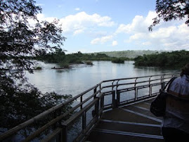 Passarela sobre o Rio Iguaçu-1100metros.