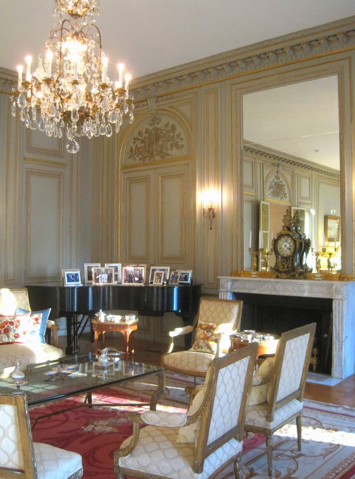 ambassador dining room. While a formal room we were assured the Ambassador and his family love to  use this space entertain here frequently evidenced by personal Belgian ambassador s residence interiors 2 Salon Dining Rooms