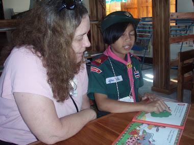 Teaching reading in Thailand
