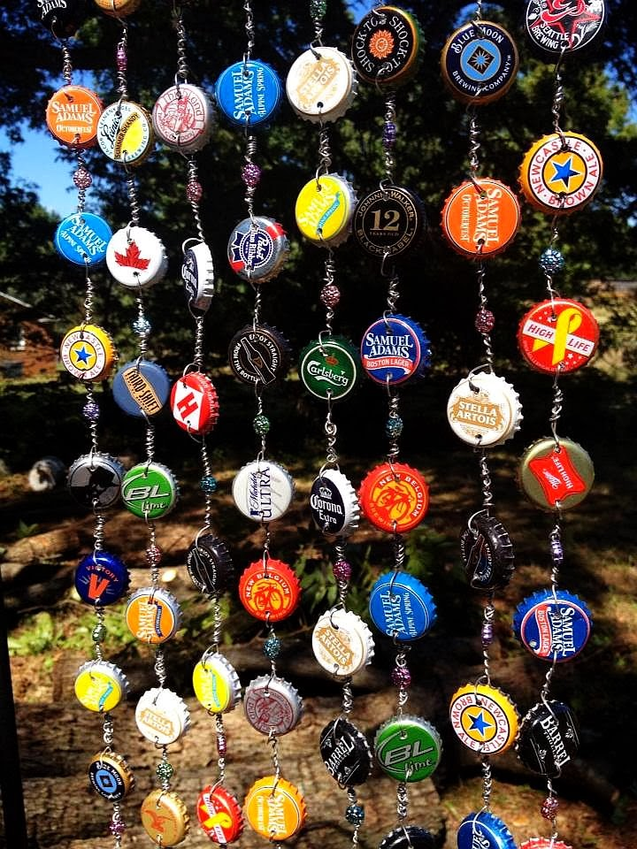 The humphries house bottle cap wind chime for Bottle cap wind chime