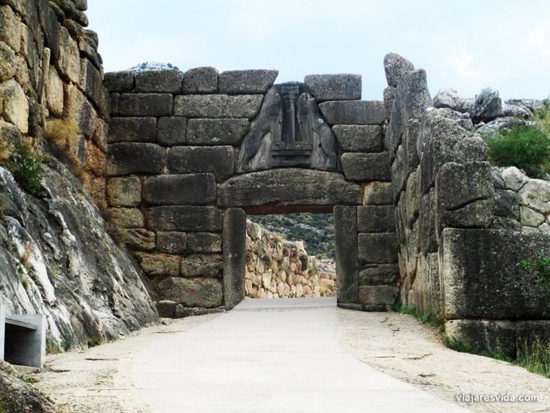 viajaresvida - Puerta de los Leones de Micenas en Grecia
