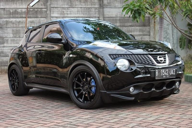 Modifikasi Nissan Juke Hitam
