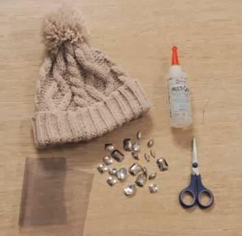 Decorar gorros y gorras con abalorios en Recicla Inventa