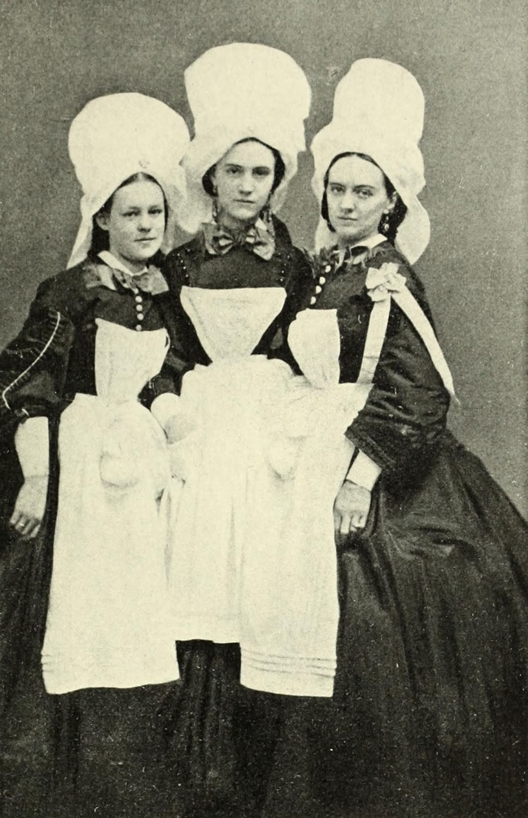 nursing during the american civil war Women in the civil war: five nurses from st lawrence county  phobe yates  pember's memories of her work as a nurse during the civil war  juliet ann  opie hopkins: nurse, confederate states of america juliet ann opie hopkins- the.