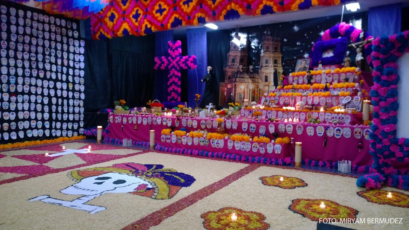 Decoracion Altar De Muertos ~   de muertos que se realiza enM?xico y que es una parte primordial de