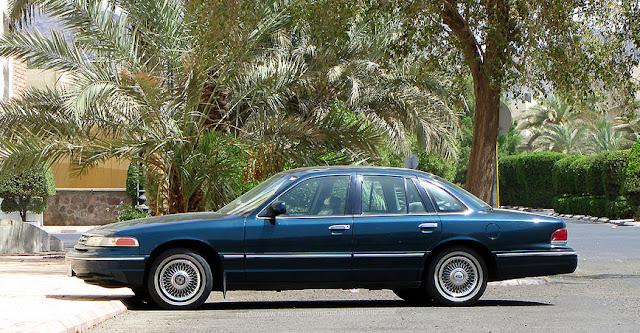 フォード・クラウンビクトリア 初代 | Ford Crown Victoria (1992–1997)