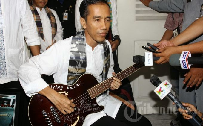 application developers, creative business, creative industry, economic creative, game develovers, Jokowi suport creative industries, Photography, president Jokowi, smartphone, software designer, rock