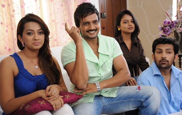 teja 1000 abaddalu movie working stills6