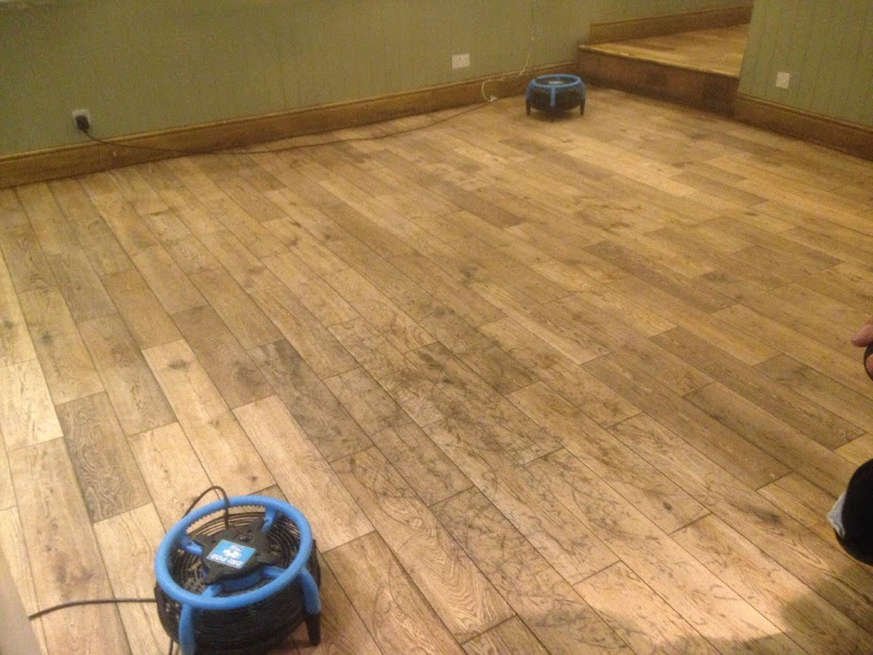 cleaning a oak floor in cambridge