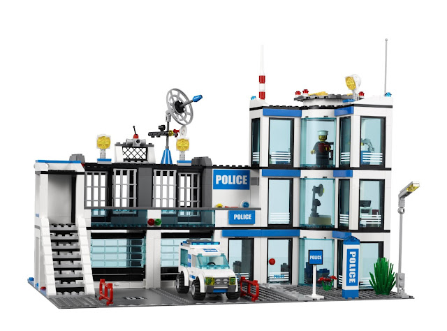 Lego Police Station 7498 Lego Police Station 7498
