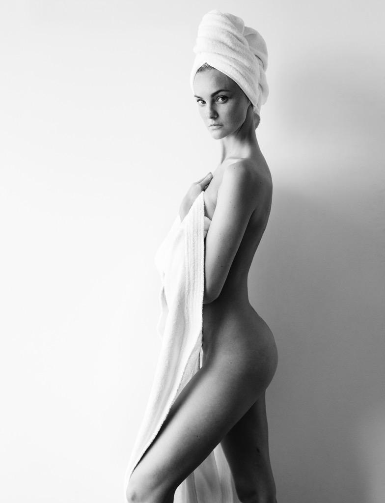 Caroline Trentini bares pert derrière for Towel Series
