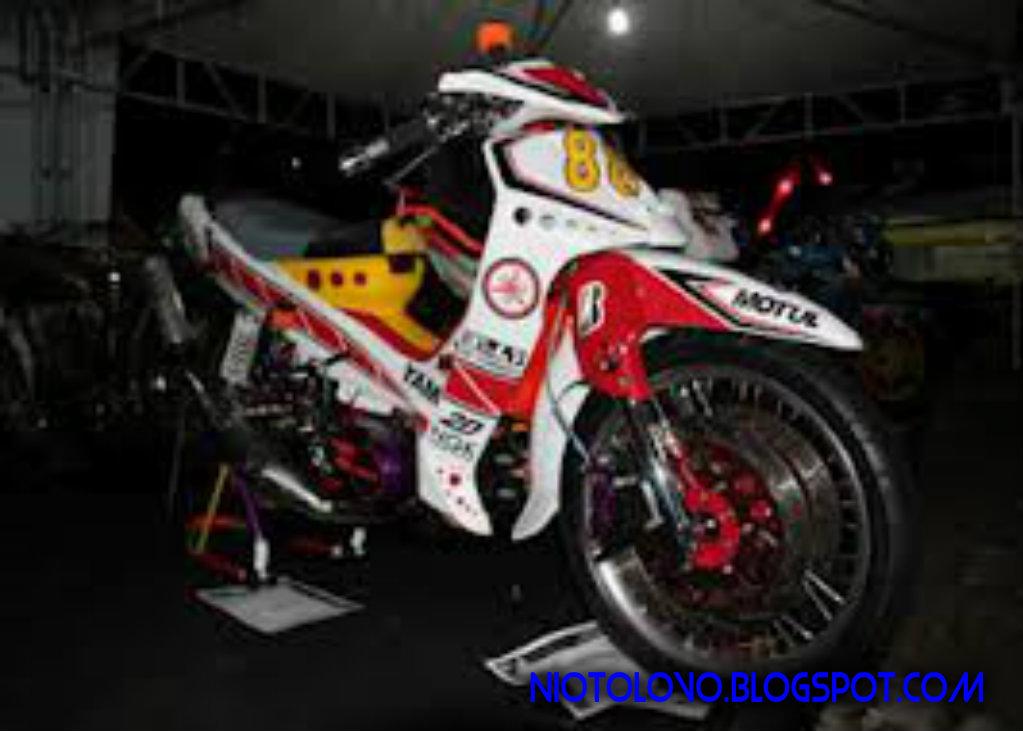 Variasi Motor Yamaha F1zr terkeren