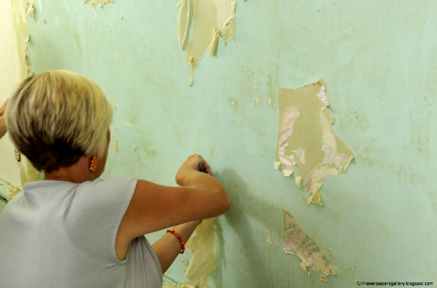 How to remove wallpaper paste from sheetrock - View Original Size Beautiful Removing Wall Paper With How To Remove Wallpaper Paste