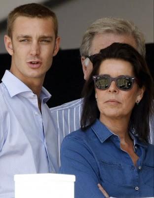 """Принцът на Монако, 24-годишният Пиер Казираги, остана няколко часа в болница в Ню Йорк, където е бил откаран след сбиване в нощния клуб """"Double Seven""""."""