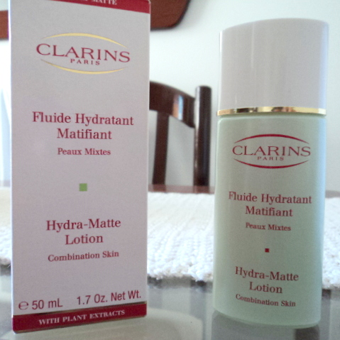 cositas de mulher fluide hydratant matifiant peaux mixtes clarins. Black Bedroom Furniture Sets. Home Design Ideas