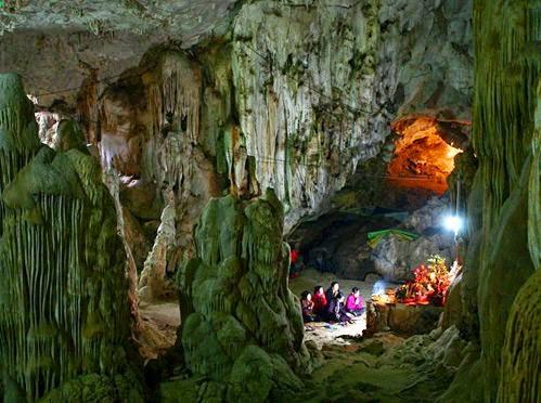 Hang Dơi - kỳ bí cao nguyên Mộc Châu