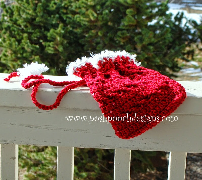 Free Crochet Patterns For Christmas Gift Bags : I took the picture out in the