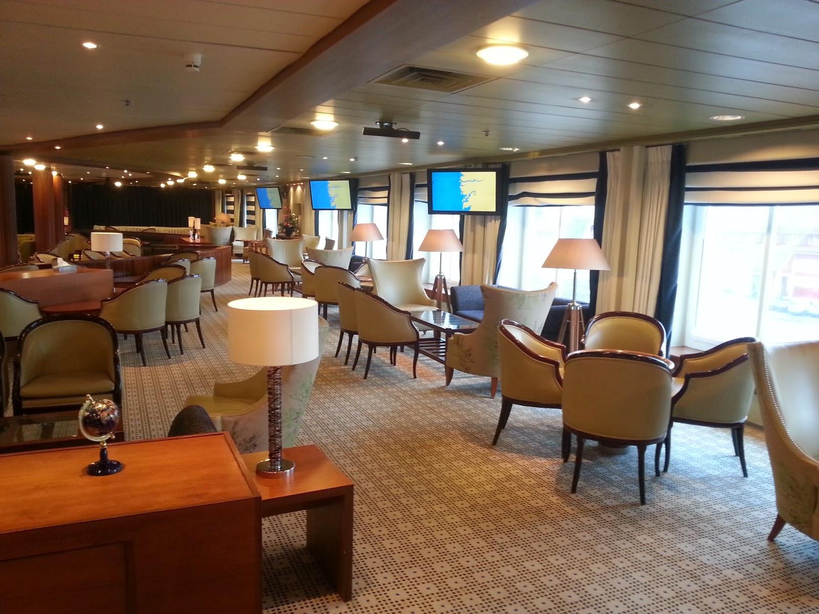 Cruise Ship Saga Pearl II - Discovery Lounge
