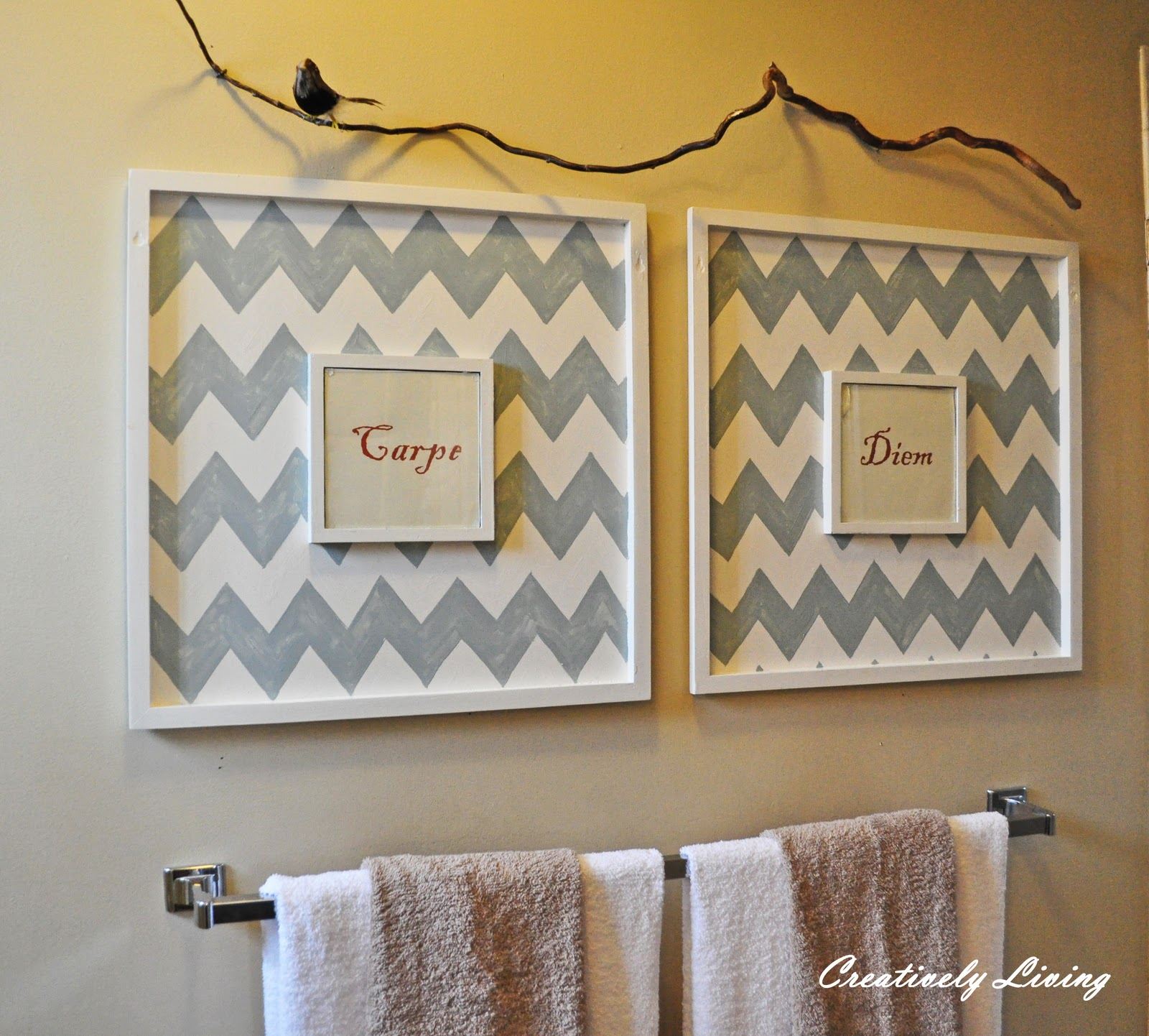 Bathroom wall art creatively living blog for Wall hanging images