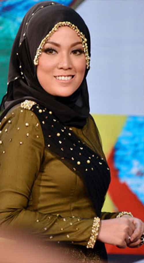 SHARNAAZ AHMAD tidak anggap Shila Amzah MUSUH
