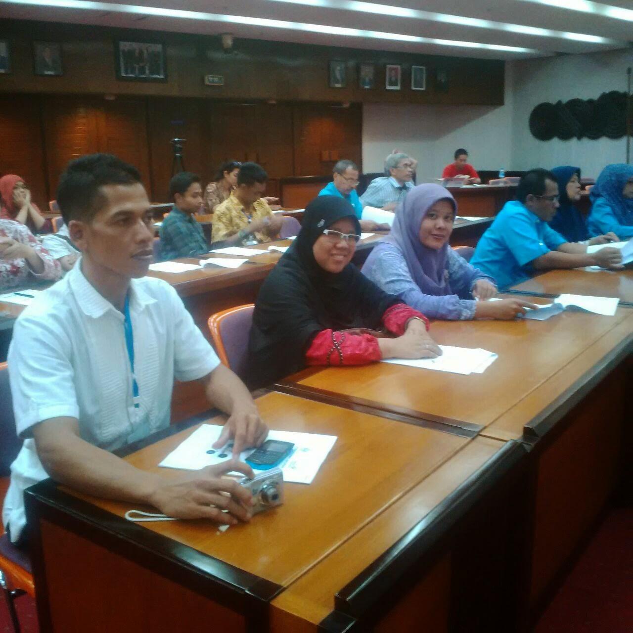 Mitra Binaan Telkom Madiun Februari 2015 Produk Ukm Bumn Sutra Super Untuk Pemesanan Dan Info Lebih Lanjut Bajuzietacom
